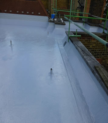 EDPM Roof Cleaning